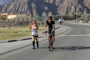2xu triathlon hatta runner-and-biker