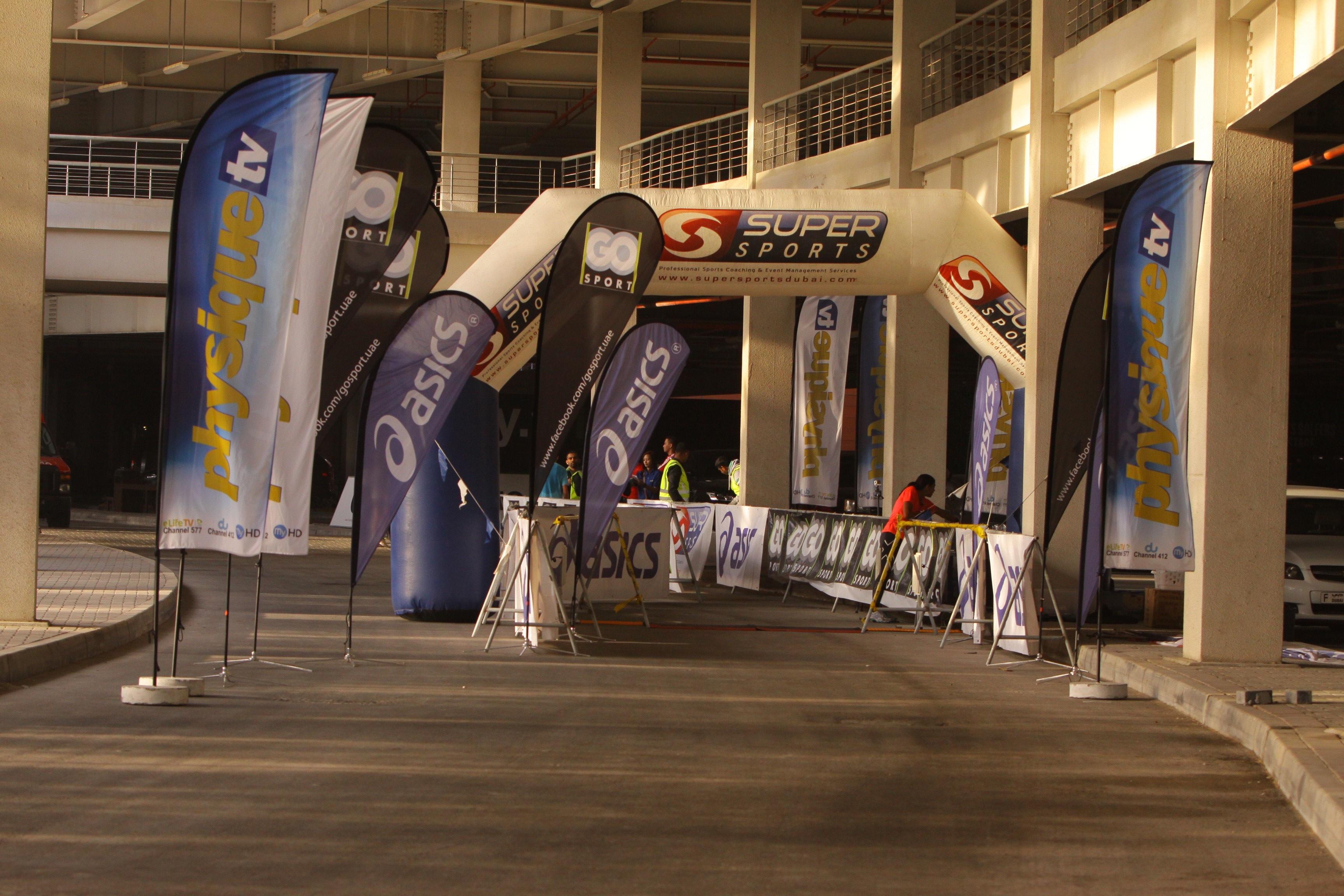 race finish arch race management
