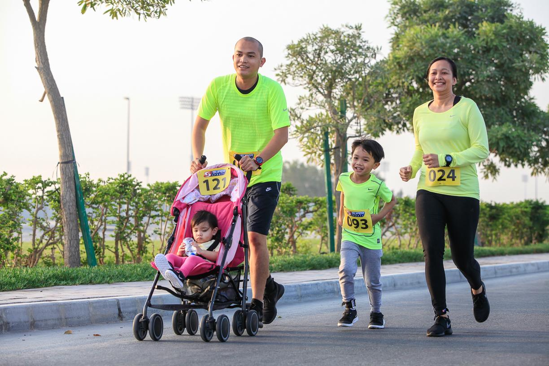 10 Mile & 10km Run Series